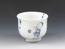 photo Japanese porcelain sake cup (Mikawachi-Yaki)