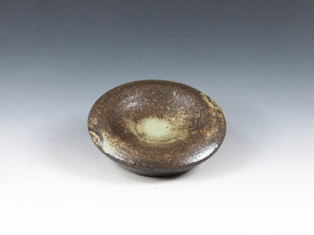 Japanese pottery sake cup with a stand  (Koito-Yaki)