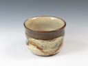 photo Japanese pottery sake cup (Yomitanzan-Yaki)