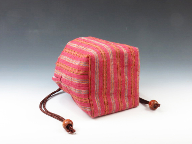 Sake cup pouch (Traditional Aizu cotton with three red strips)